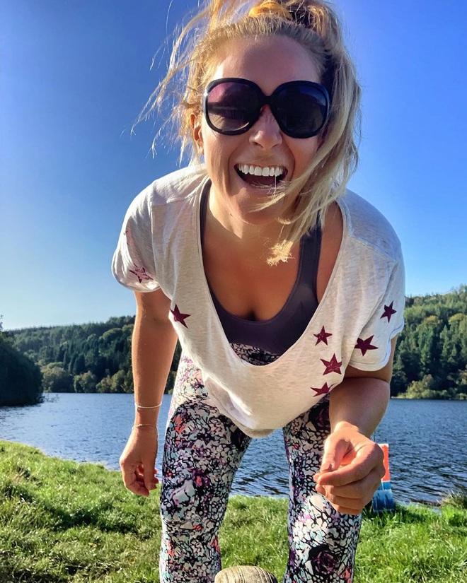 Nữ blogger người Anh chia sẻ chế độ ăn thuần chay đã giúp cô chữa khỏi bệnh vẩy nến - Ảnh 9.