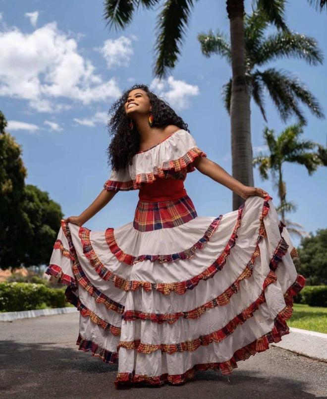 Người đẹp Jamaica đăng quang Miss World 2019: Học chuyên ngành Tâm lý tại Mỹ, giọng hát khủng là điều gây ấn tượng nhất - ảnh 12