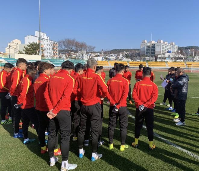 Ngày thứ 2 của U23 Việt Nam tại Hàn Quốc: Sáng ôn đấu pháp, chiều rèn thể lực - ảnh 4