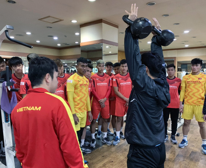Ngày thứ 2 của U23 Việt Nam tại Hàn Quốc: Sáng ôn đấu pháp, chiều rèn thể lực - ảnh 5