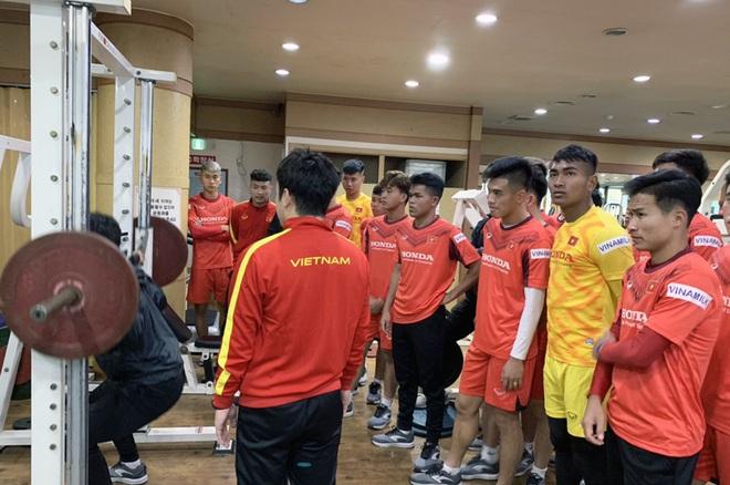 Ngày thứ 2 của U23 Việt Nam tại Hàn Quốc: Sáng ôn đấu pháp, chiều rèn thể lực - ảnh 6