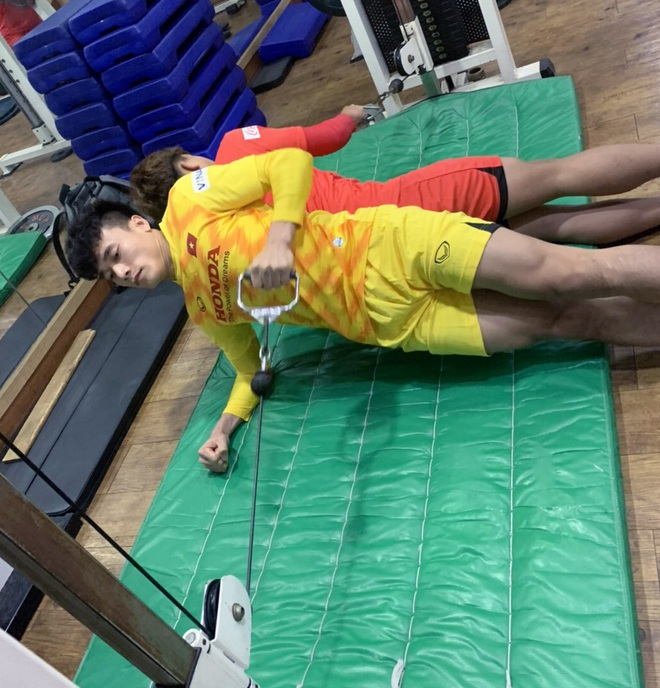 Ngày thứ 2 của U23 Việt Nam tại Hàn Quốc: Sáng ôn đấu pháp, chiều rèn thể lực - ảnh 8