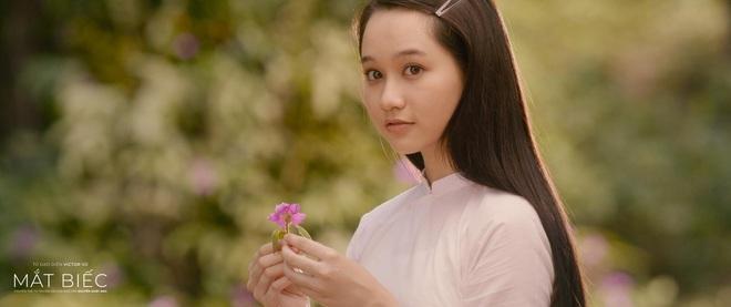 5 mĩ nhân đổ bộ màn ảnh rộng tháng 12: Chi Pu - Thanh Hằng táo bạo với cảnh nóng, hóng nhất vẫn là nàng thơ Mắt Biếc - ảnh 12