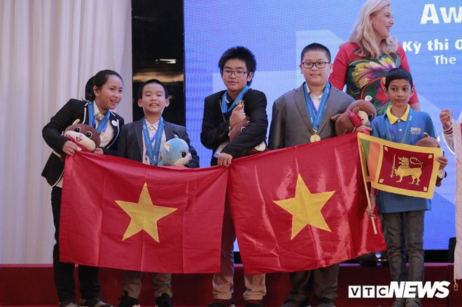 Nữ sinh giành huy chương Vàng Olympic Khoa học quốc tế biết đọc từ năm 3 tuổi - ảnh 2