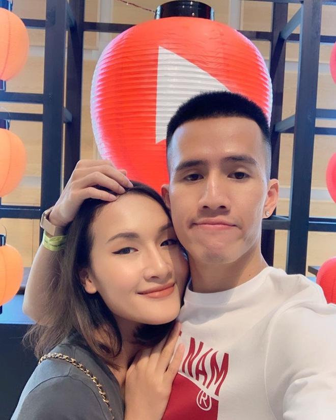 Những cặp vợ chồng đình đám nhất YouTube 2019: Nhìn mà muốn cưới luôn á! - Ảnh 3.