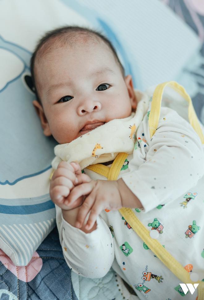 Đỗ Bình An đã được 6 tháng tuổi: Câu chuyện phi thường của người mẹ ung thư giai đoạn cuối, quyết sinh con bằng tất cả tình yêu thương và lòng dũng cảm - Ảnh 2.