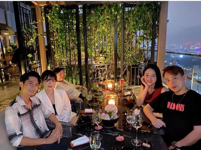 Sau công khai hẹn hò, Sĩ Thanh đưa Huỳnh Phương dự tiệc ra mắt gia đình: Phải chăng sắp về chung một nhà? - ảnh 2