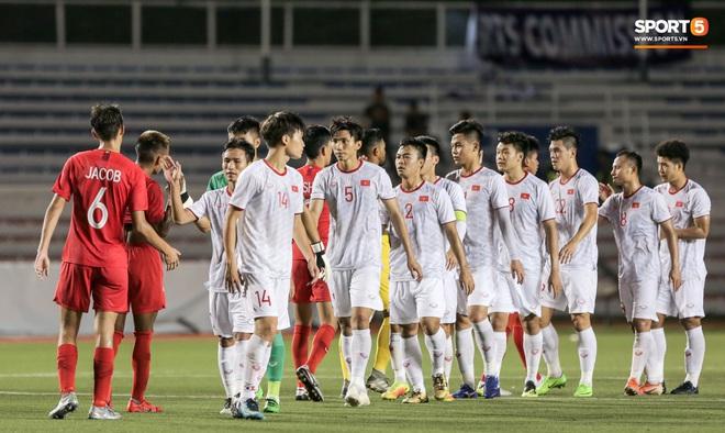 HLV Singapore tự hào khiến U22 Việt Nam bế tắc, dù thua vẫn khẳng định đây là trận hay nhất của đội từ đầu SEA Games 30 - Ảnh 1.