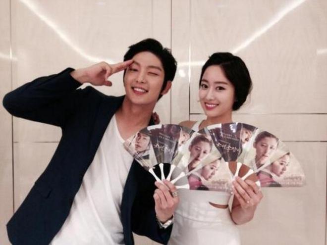 2 năm chia tay Lee Jun Ki, mỹ nhân Jeon Hye Bin khiến cả làng giải trí bất ngờ khi tuyên bố kết hôn - ảnh 2