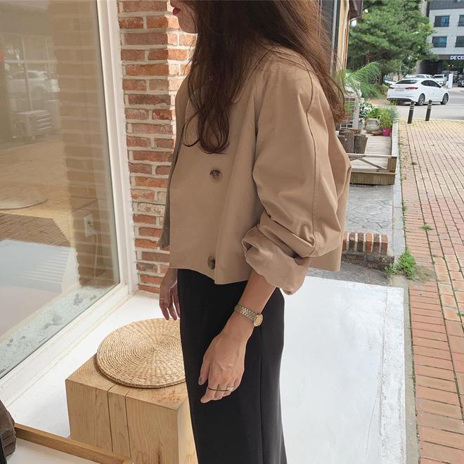 Cô nàng mi nhon thử 3 chiếc áo khoác để tìm ra chiếc tôn dáng hack chân dài nhất - ảnh 7