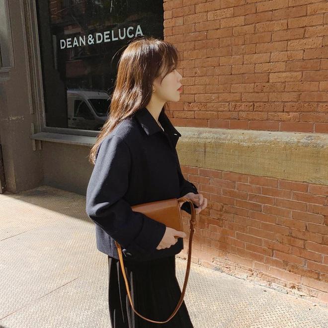 Cô nàng mi nhon thử 3 chiếc áo khoác để tìm ra chiếc tôn dáng hack chân dài nhất - ảnh 5