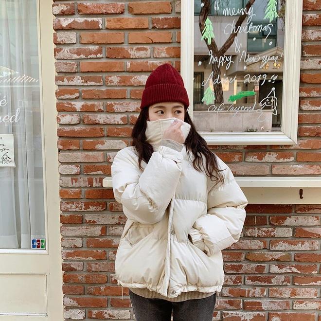 Cô nàng mi nhon thử 3 chiếc áo khoác để tìm ra chiếc tôn dáng hack chân dài nhất - ảnh 6
