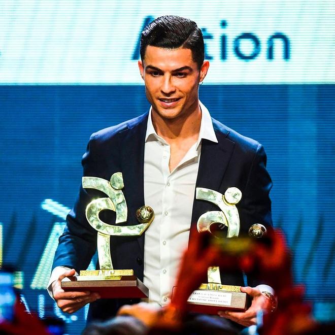 Đồng đội của Ronaldo tố Real Madrid gây ảnh hưởng khiến anh mất Quả bóng Vàng - ảnh 1