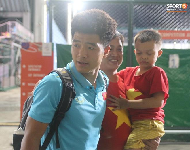 Hà Đức Chinh mệt phờ: Họ bắt uống nhiều nước và đi tiểu để kiểm tra doping - ảnh 1