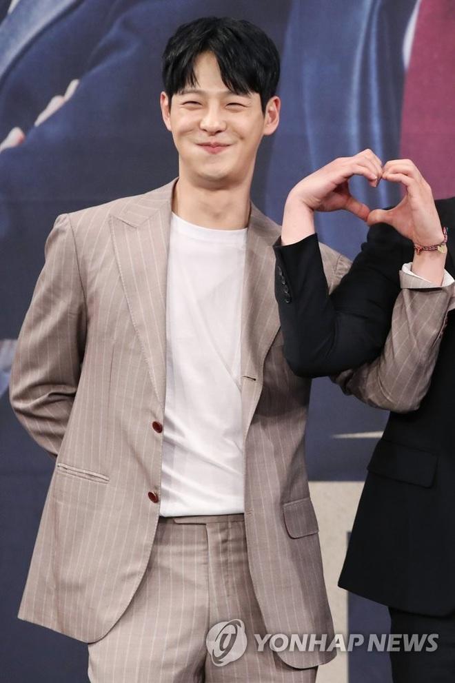 Nam diễn viên bạc mệnh Cha In Ha: Từng kì vọng sẽ kế nhiệm Seo Kang Joon, gia tài phim ảnh nhiều vai ấn tượng - ảnh 9