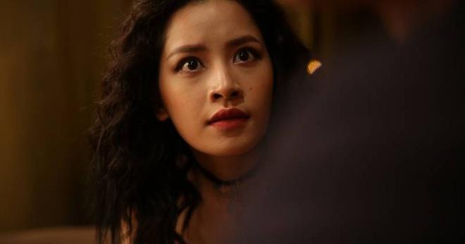 Nhìn lại vai diễn khởi nghiệp 5 mỹ nhân màn ảnh Việt: Thanh Hằng tắm trắng thành công, Chi Pu xinh xuất sắc từ đầu - Ảnh 5.