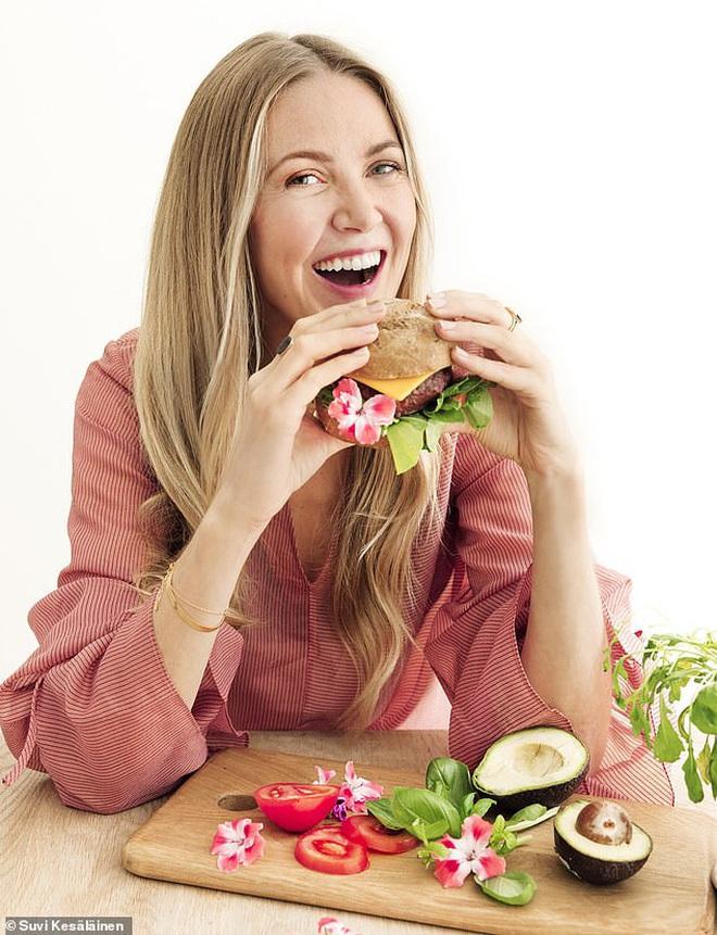 Nữ blogger Phần Lan chia sẻ chế độ ăn thuần chay đã khiến cô mất kinh nguyệt và gặp phải nhiều vấn đề sức khỏe - ảnh 9