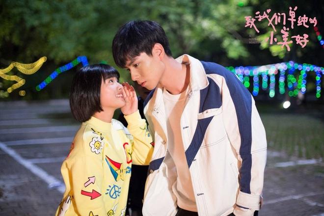 Hồ Nhất Thiên - Thẩm Nguyệt hội ngộ: Phim đã hết nhưng Giang Thần vẫn phải mỏi cổ vì Tiểu Hi - Ảnh 8.
