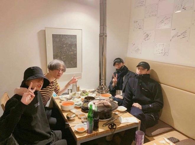 Sau nhóm bạn mỹ nam thân với Jungkook và Jennie - Irene, Knet lại phát sốt vì hội bạn không ngờ tới của Lisa (BLACKPINK) - ảnh 6