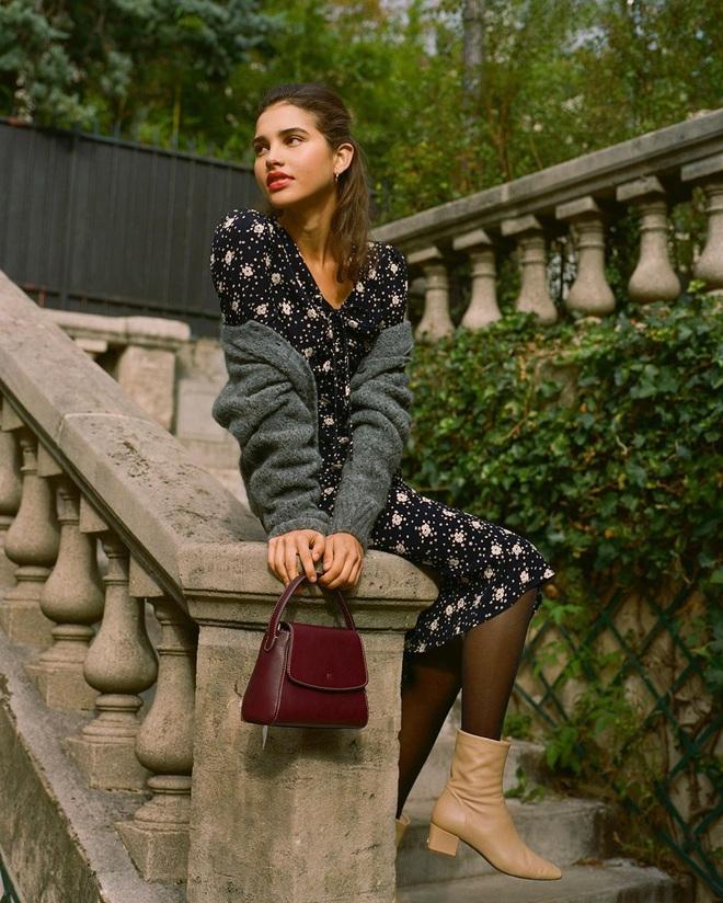 Phụ nữ Pháp chỉ diện boots theo 4 cách sau là đã đẹp và sang trọn vẹn mùa lạnh - ảnh 11