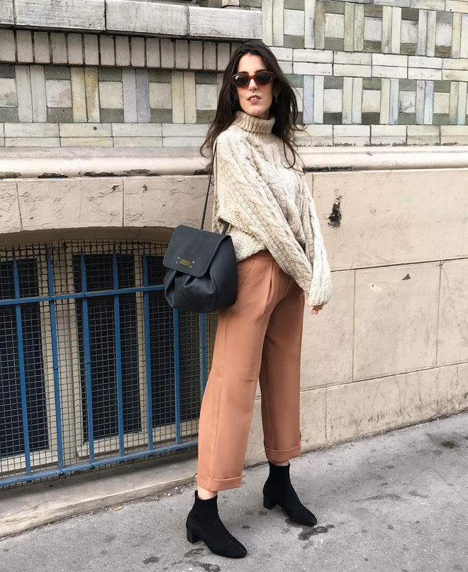 Phụ nữ Pháp chỉ diện boots theo 4 cách sau là đã đẹp và sang trọn vẹn mùa lạnh - ảnh 5