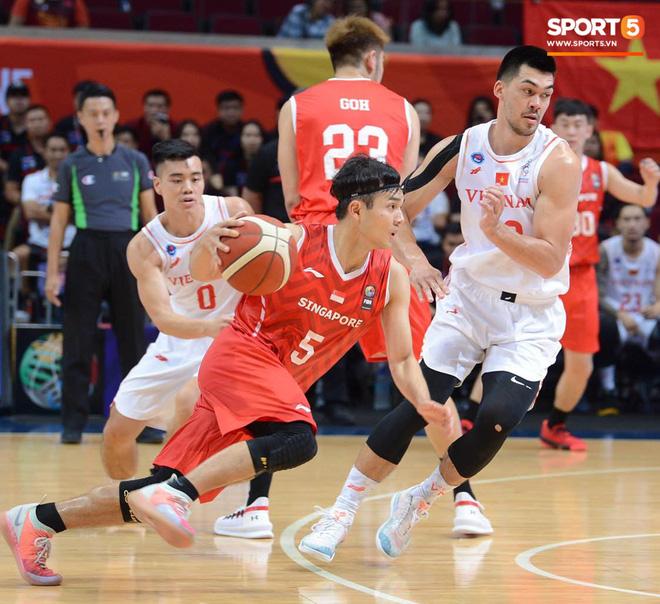 Thắng thuyết phục Singapore, bóng rổ Việt Nam vào bán kết SEA Games 30 lần đầu tiên trong lịch sử - Ảnh 5.