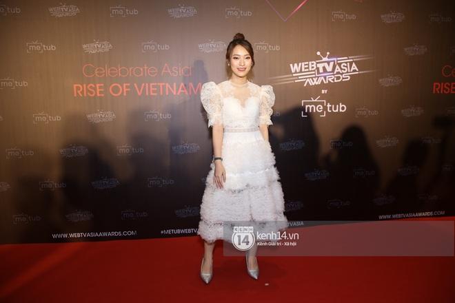 Thảm đỏ WebTVAsia Awards 2019: Nhã Phương, Chi Pu đồng loạt khoe vai thon gợi cảm, cùng dàn nghệ sĩ châu Á tự tin khoe sắc - ảnh 23