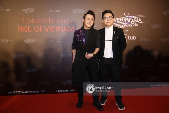 Thảm đỏ WebTVAsia Awards 2019: Nhã Phương, Chi Pu đồng loạt khoe vai thon gợi cảm, cùng dàn nghệ sĩ châu Á tự tin khoe sắc - ảnh 10