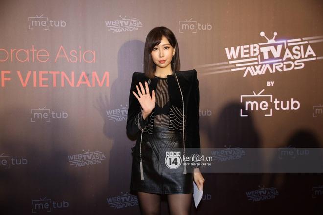 Thảm đỏ WebTVAsia Awards 2019: Nhã Phương, Chi Pu đồng loạt khoe vai thon gợi cảm, cùng dàn nghệ sĩ châu Á tự tin khoe sắc - ảnh 7