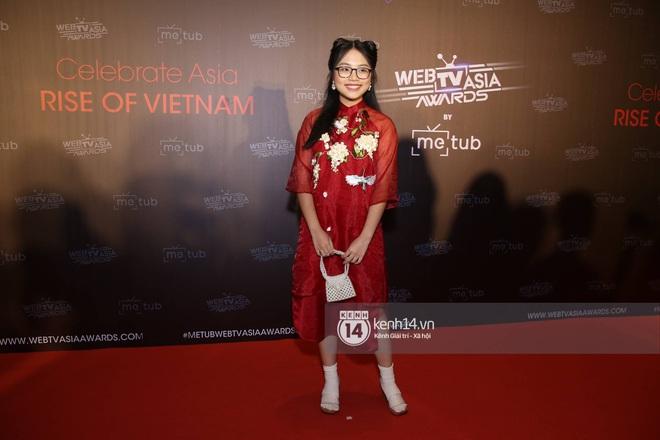 Thảm đỏ WebTVAsia Awards 2019: Nhã Phương, Chi Pu đồng loạt khoe vai thon gợi cảm, cùng dàn nghệ sĩ châu Á tự tin khoe sắc - ảnh 15