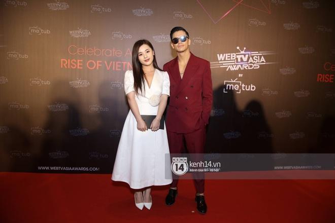 Thảm đỏ WebTVAsia Awards 2019: Nhã Phương, Chi Pu đồng loạt khoe vai thon gợi cảm, cùng dàn nghệ sĩ châu Á tự tin khoe sắc - ảnh 11