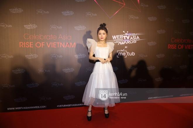 Thảm đỏ WebTVAsia Awards 2019: Nhã Phương, Chi Pu đồng loạt khoe vai thon gợi cảm, cùng dàn nghệ sĩ châu Á tự tin khoe sắc - ảnh 13