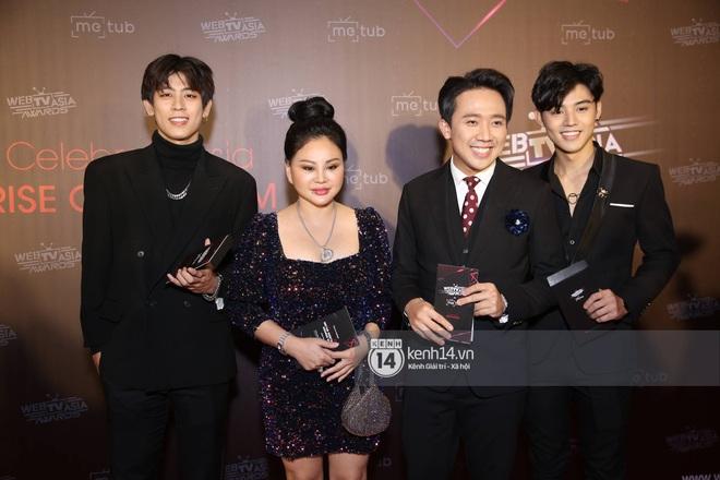 Thảm đỏ WebTVAsia Awards 2019: Nhã Phương, Chi Pu đồng loạt khoe vai thon gợi cảm, cùng dàn nghệ sĩ châu Á tự tin khoe sắc - ảnh 3