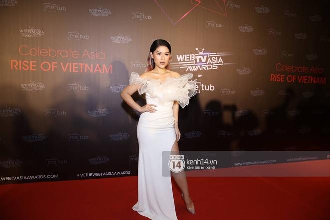 Thảm đỏ WebTVAsia Awards 2019: Nhã Phương, Chi Pu đồng loạt khoe vai thon gợi cảm, cùng dàn nghệ sĩ châu Á tự tin khoe sắc - ảnh 14