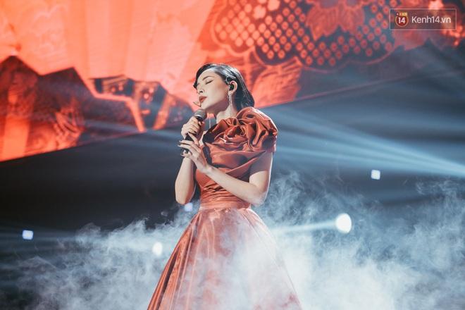 Ngọc Trinh đích thân trao vương miện Miss Showbiz International 2019, Chi Pu có thêm một sân khấu để đời? - ảnh 3