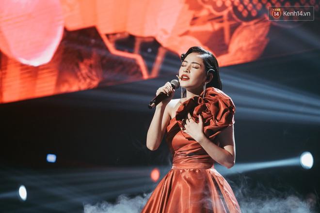 Ngọc Trinh đích thân trao vương miện Miss Showbiz International 2019, Chi Pu có thêm một sân khấu để đời? - ảnh 4