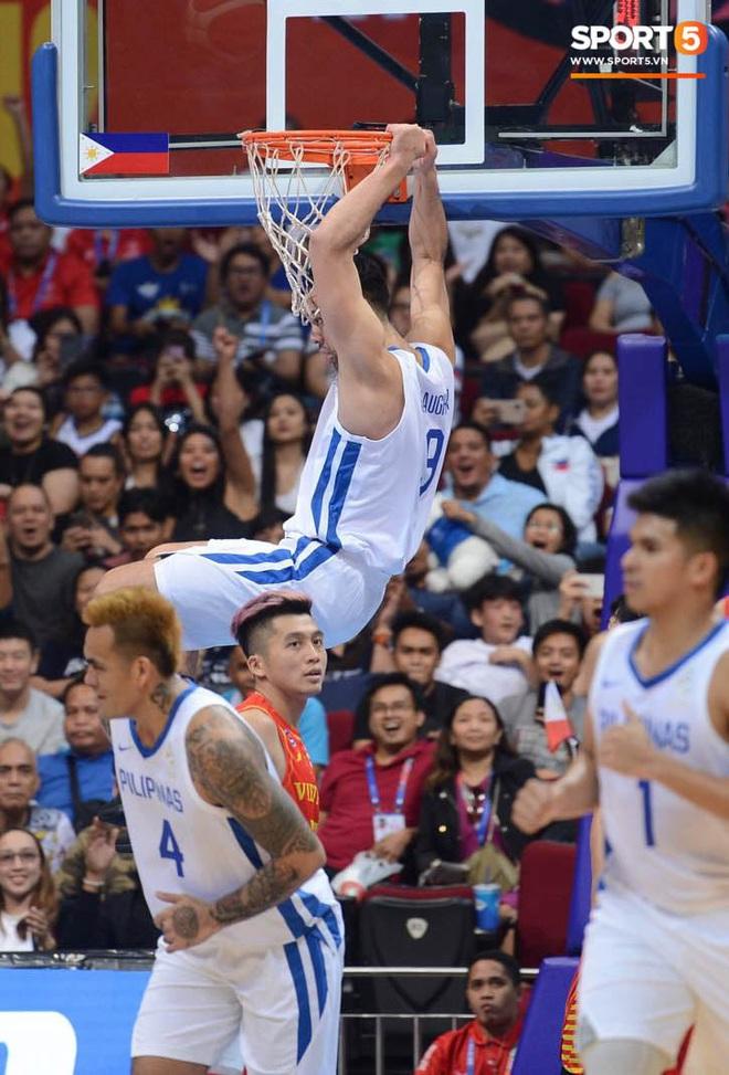Bất lợi quá lớn về mặt thể hình, đội tuyển bóng rổ Việt Nam nhận thất bại với tỉ số đậm trước chủ nhà Philippines - ảnh 5