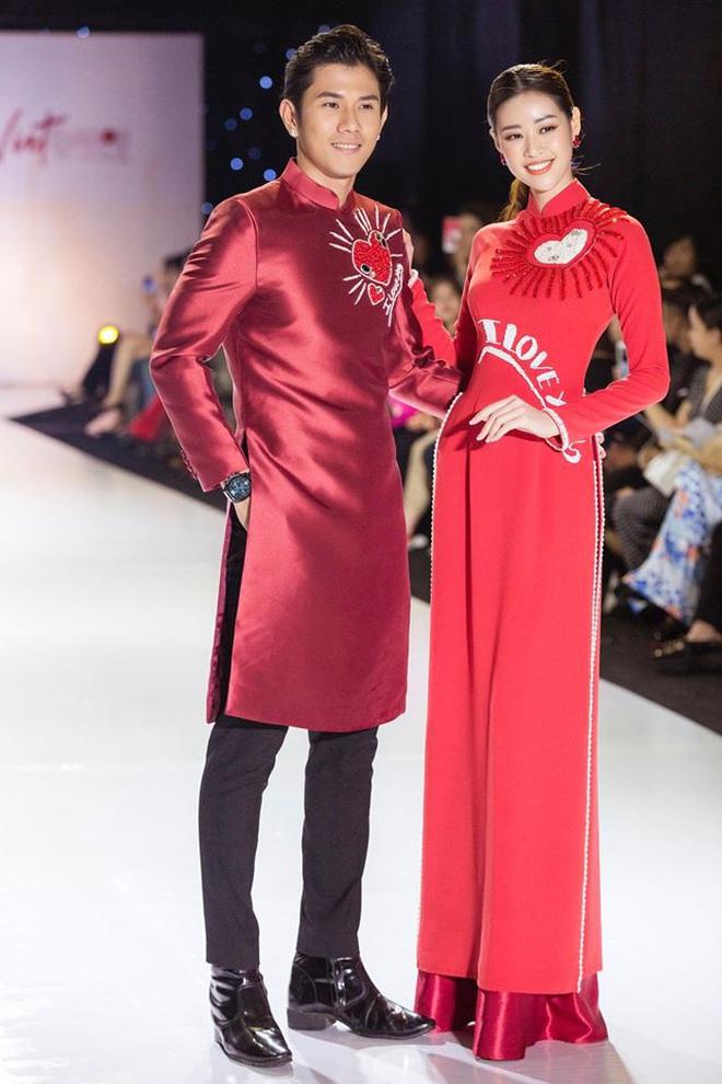Catwalk điêu luyện nhường này, tân Hoa hậu Khánh Vân chắc chắn sẽ làm nên chuyện ở đấu trường nhan sắc quốc tế - ảnh 14