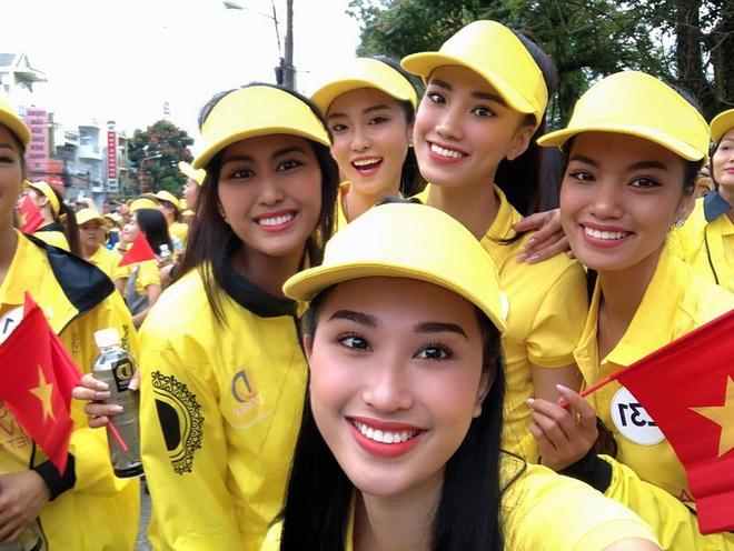 Á hậu Nguyễn Huỳnh Kim Duyên: Để mãi 1 kiểu tóc thương hiệu nhưng không hề nhàm mà còn thần thái ngút ngàn - ảnh 10