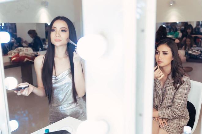 Đột nhập hậu trường Hoa hậu Hoàn vũ Việt Nam trước giờ G chung kết: Top 45 đã sẵn sàng bùng nổ để chinh phục vương miện - ảnh 2