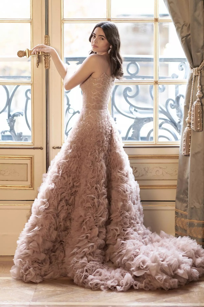 """Tiệc xa hoa của hội tiểu thư nhà siêu giàu: Tràn ngập đồ Haute Couture, """"gắt"""" không thua kém thảm đỏ siêu sao - ảnh 11"""