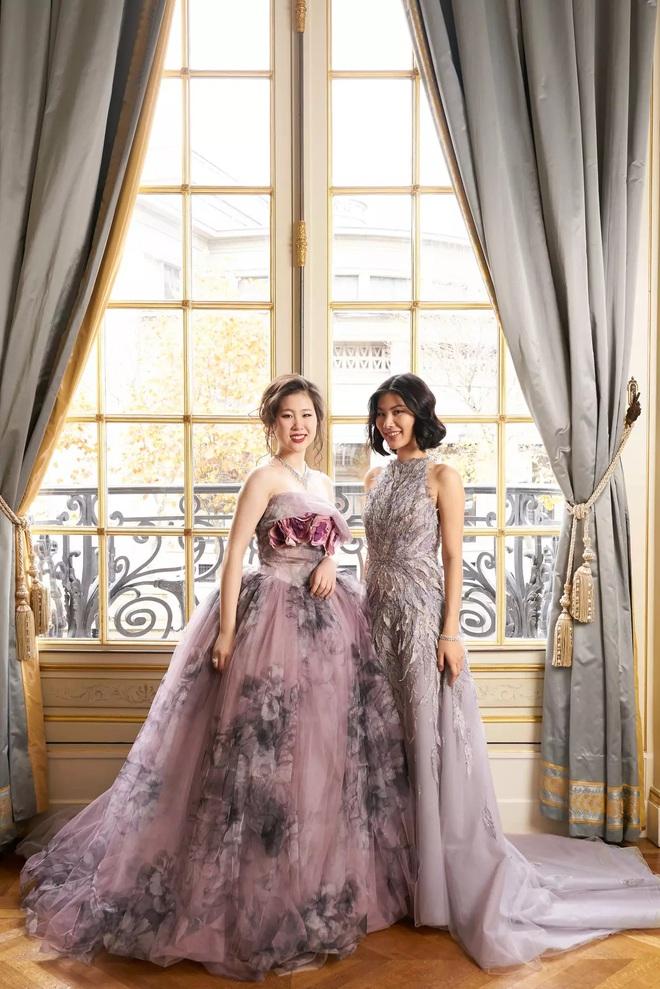 """Tiệc xa hoa của hội tiểu thư nhà siêu giàu: Tràn ngập đồ Haute Couture, """"gắt"""" không thua kém thảm đỏ siêu sao - ảnh 7"""
