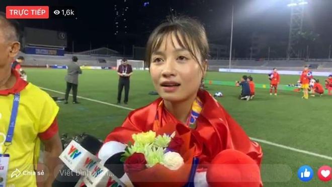 Nữ cầu thủ Hoàng Thị Loan: Vào sân từ băng ghế dự bị nhưng chiếm sạch spotlight, được cameraman ưu ái trong từng khung hình - ảnh 7