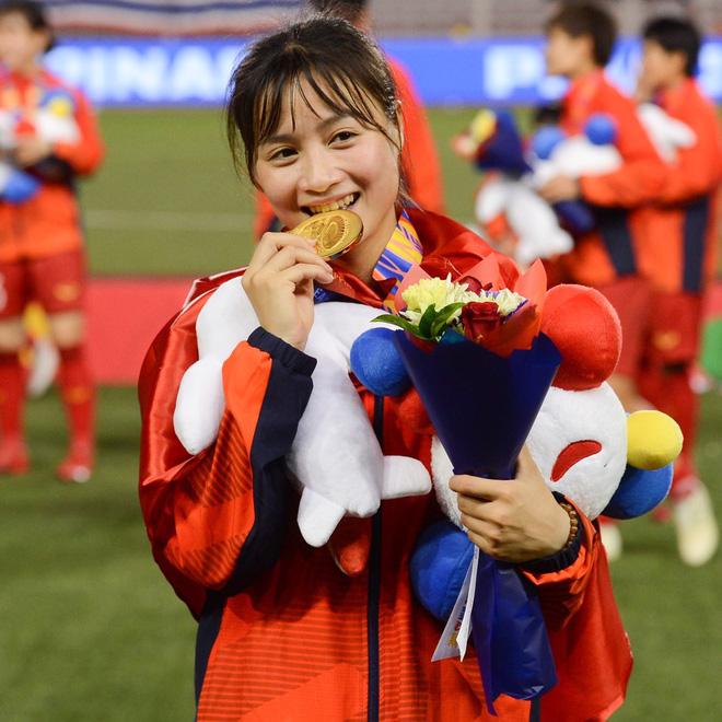 Hoàng Thị Loan: Cầu thủ xinh đẹp của tuyển nữ Việt Nam nhưng vẫn chưa có người yêu - ảnh 2