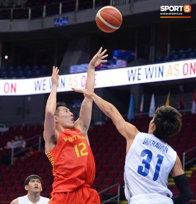 Trần Đăng Khoa bị truất quyền thi đấu, đội tuyển bóng rổ Việt Nam nhận thất bại đáng tiếc trong trận bán kết trước đối thủ truyền kiếp Thái Lan - ảnh 4