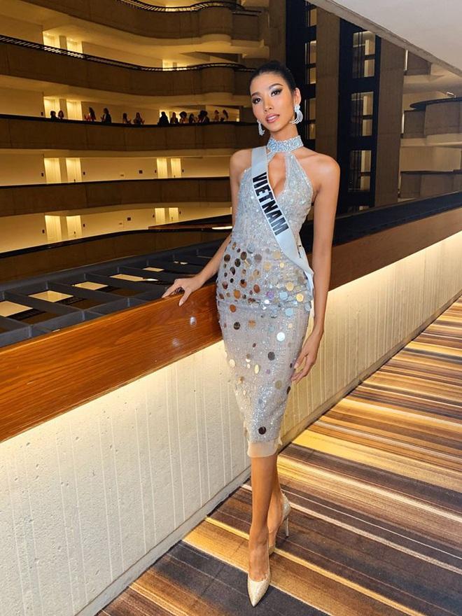 Chiến lược thời trang cao tay của Hoàng Thùy tại Miss Universe: Mỗi ngày diện một màu không trùng phát nào, lần nào cũng rực rỡ chói chang - ảnh 10