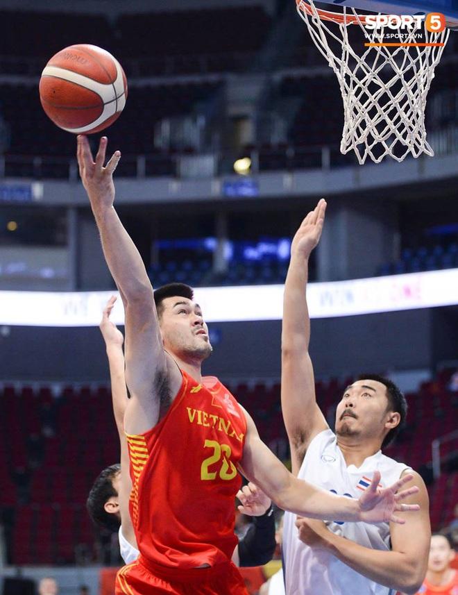 Trần Đăng Khoa bị truất quyền thi đấu, đội tuyển bóng rổ Việt Nam nhận thất bại đáng tiếc trong trận bán kết trước đối thủ truyền kiếp Thái Lan - ảnh 7