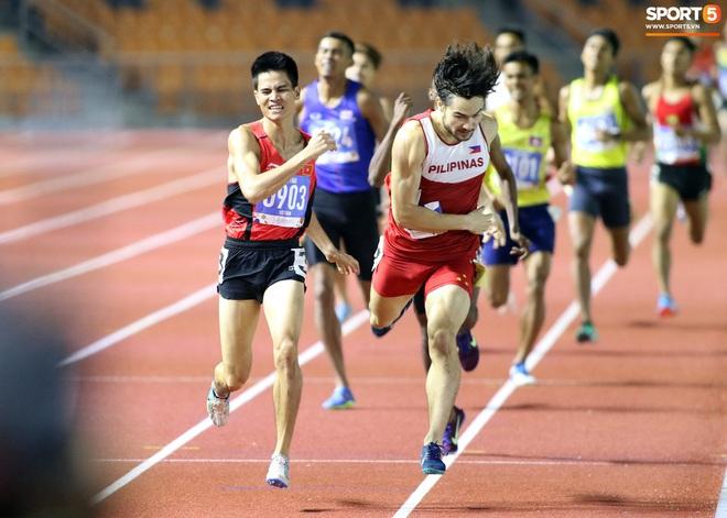SEA Games 2019: VĐV Philippines ăn quả đắng khi cố húc văng Dương Văn Thái của Việt Nam khỏi đường đua - ảnh 5