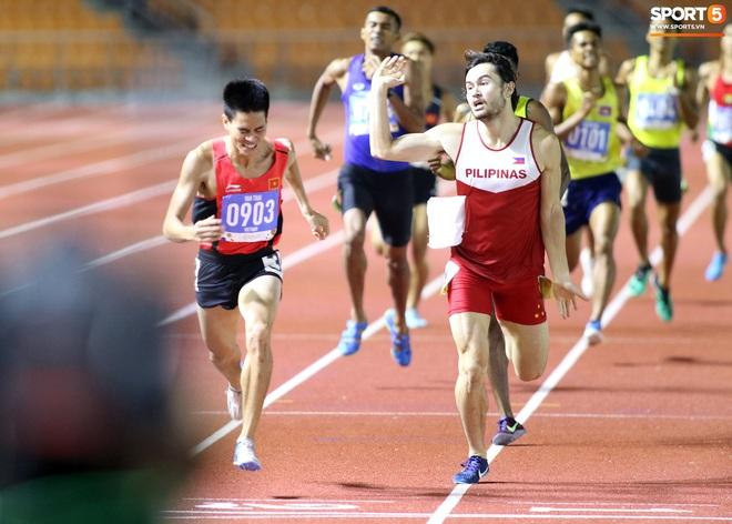 SEA Games 2019: VĐV Philippines ăn quả đắng khi cố húc văng Dương Văn Thái của Việt Nam khỏi đường đua - ảnh 6