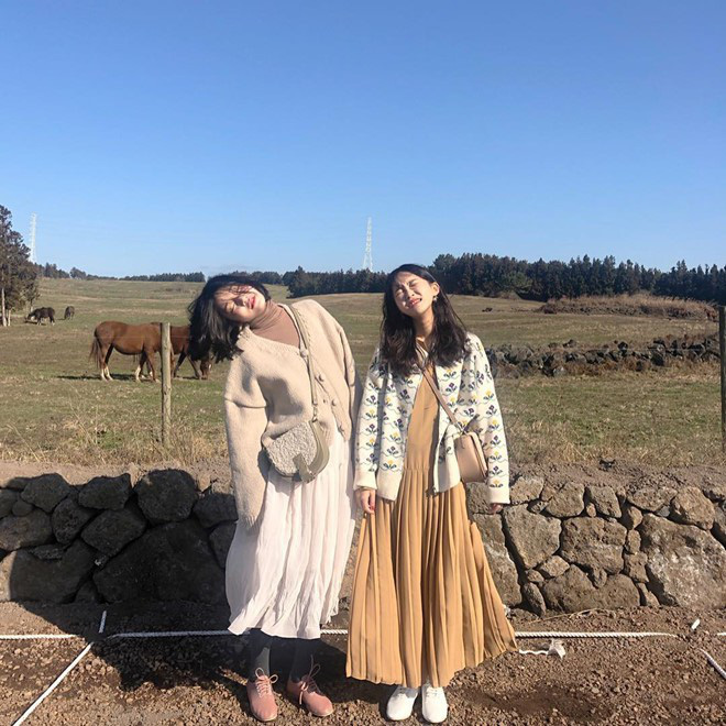 Cần gì người yêu, có 1 cô bạn thân để cùng nhau đi du lịch và làm trò con bò thế này là đủ vui rồi! - ảnh 3